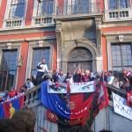 Les joueurs sur le perron de l'hôtel de ville lors de la montée en D2 (2008)