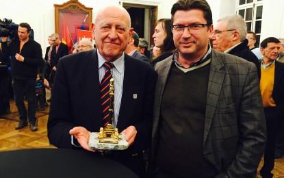 Le RFC Liège a reçu le Perron d'or 2015