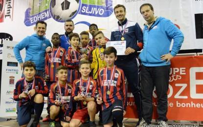 Les U12 suivent la voie de leurs aînés et remportent le Slijvo !