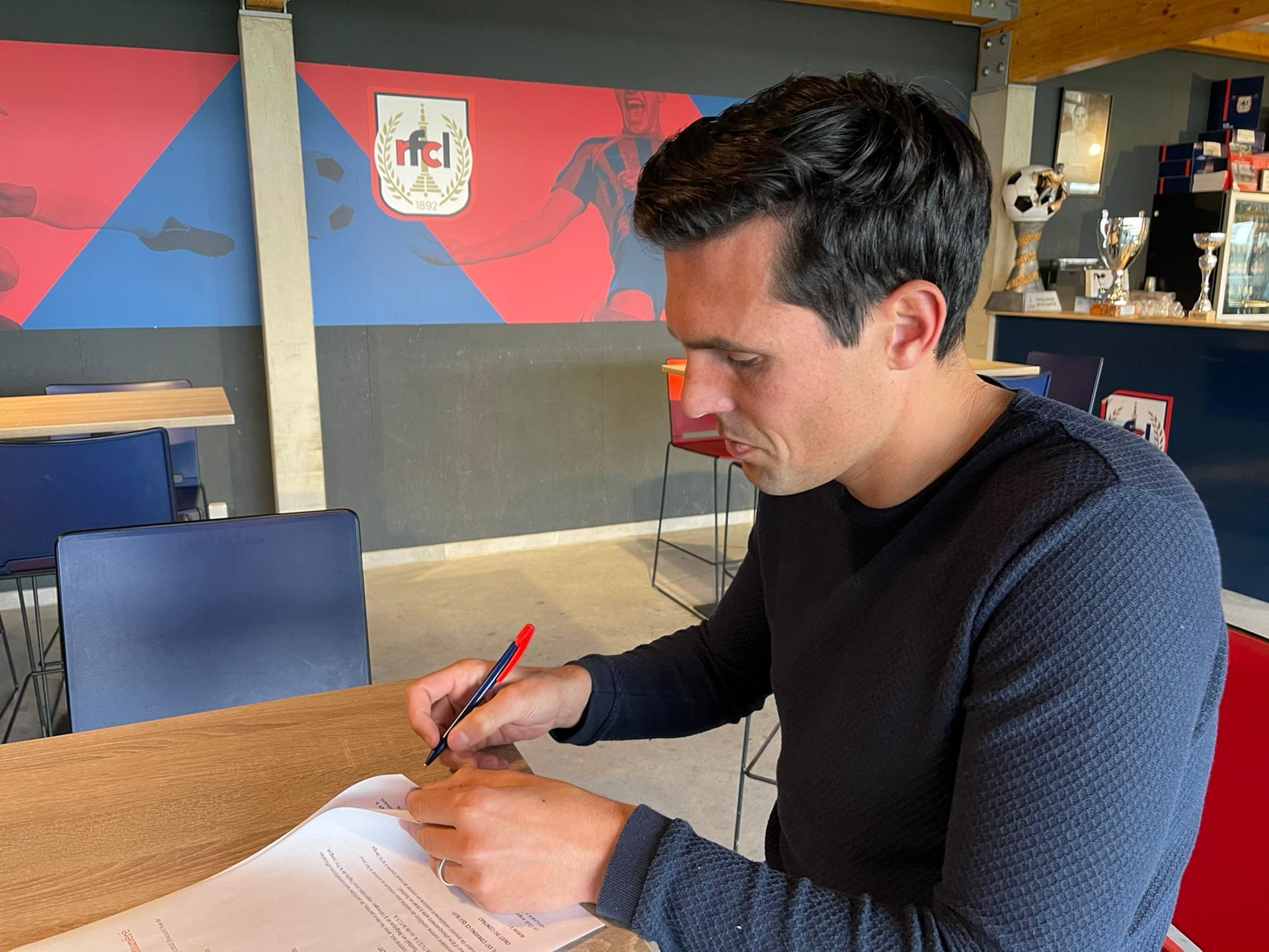 Equipe A | Jérémy Perbet signe pour deux ans au RFCL !